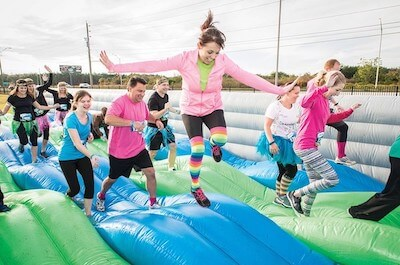 organize an inflatable run